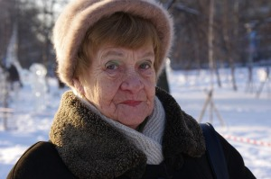 grandma-499167_1280