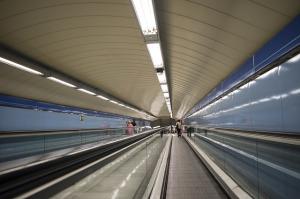 metro-838523_640